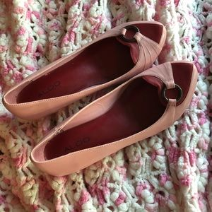 Vintage Look Aldo Kitten Heels Pink/Red 7.5